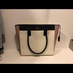 Handbags - Like new Kate Spade bag